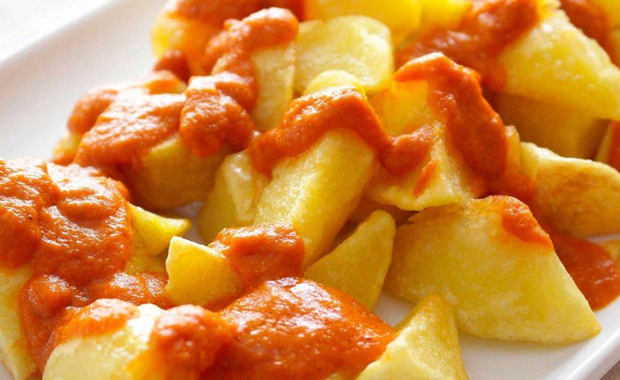 patatas bravas al pimenton de la vera